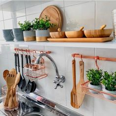 [New] The Best Home Decor (with Pictures) These are the 10 best home decor today. According to home decor experts, the 10 all-time best home decor. Kitchen Organisation, Kitchen Storage, Kitchen Decor, Organization, Küchen Design, House Design, Interior Design, Diy Décoration, Home Kitchens