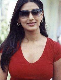 Sunali bendri hot sexy nude photos