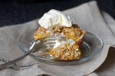 almond-crisped peaches – smitten kitchen No Cook Desserts, Just Desserts, Dessert Recipes, Brunch Recipes, Martha Stewart, Bon Appetit, Baked Peach, Sorbets, Smitten Kitchen
