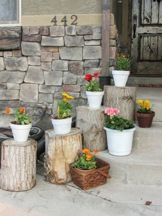 Today we have the amazing article for you, that we call Summer Porch Decorations. Your porch is the perfect place to enjoy the outdoors during the summer, Summer Porch Decor, Summer Front Porches, Diy Porch, Diy Planters Outdoor, Outdoor Decor, Indoor Outdoor, Log Planter, Planter Ideas, Pot Sets