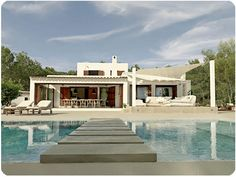Luxurious villa with a pool