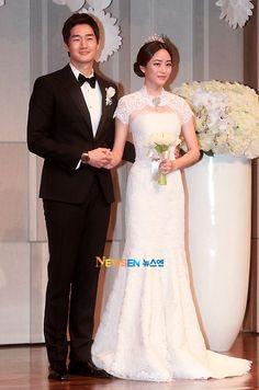 Yoo Ji Tae and Kim Hyo Jin lovely wedding pictures - KoreanVibe.com
