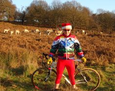 """""""Deer Friends""""...Winner  – Most festive and FUN photo – this month! Sent to us by Sean from his ride in Richmond Park, London on Christmas day with his """"Reindeer friends"""" in the background. Hey -if you have a Free Spirit Wear photo please send: info@freespiritwear.com  #BeSeen #FunFitness    http://freespiritwear.com/blog/?p=1322"""