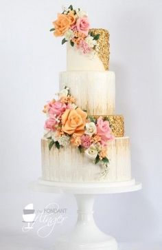 Daily Wedding Cake Inspiration (New! To see more: Featured Wedding Cake: Fondant Flinger Bolo Floral, Floral Cake, Gorgeous Cakes, Pretty Cakes, Sequin Cake, Fondant Cakes, Cupcake Cakes, Bolo Cake, Amazing Wedding Cakes