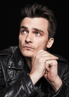 Rupert Friend Actor, Men's Fashion, Muscle, Homeland (as Quinn), Eye Candy, Handsome, Good Looking, Pretty, Beautiful, Sexy ルパート・フレンド 俳優 メンズファッション ホームランド
