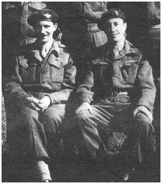 Links: John Fitch (hier nog een Major)  met naast hem Brigadier Gerald Lansbury