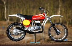 Cool Dirt Bikes, Mx Bikes, Motocross Bikes, Vintage Motocross, Tracker Motorcycle, Moto Bike, Vintage Bikes, Vintage Motorcycles, Bultaco Motorcycles