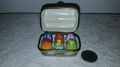 Vintage Elda Creations Limoges France hand painted half dozen eggs trinket box