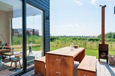 Photo 4 of 16 in This Chic Cabin Makes Glamping in The Netherlands a Breeze from De Grote Beer - Dwell Outdoor Picnic Tables, Outdoor Seating Areas, Outdoor Spaces, Outdoor Decor, Cabin Crafts, Wood Patio, Boutique Homes, Outdoor Photos, Building Design