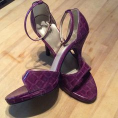 """WEEKEND SALEPurple 4"""" crocodile look heels. 6.5new These are awesome. I just can't wear 4 inch shoes anymore. I also have them in orange, just beautiful. Size 6.5. FIONI Shoes Heels"""