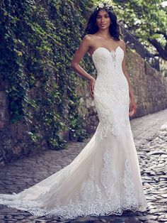 Maggie Sottero - AUTUMN Fit-and-Flare Wedding Dress. FYI, a fit-and-flare wedding dress should not feel like you're drowning in saran wrap. This one is especially designed for comfort, wearability, and effortless romance. Maggie Sottero Wedding Dresses, Wedding Dresses 2018, Sweetheart Wedding Dress, Wedding Dress Sizes, Wedding Dress Pictures, Lace Wedding Dress, Designer Wedding Dresses, Bridal Dresses, Mermaid Sweetheart