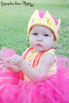 Crown Beanie Pattern $4.00  @Susan Hare Brown [PRINCESS PIPESH!]