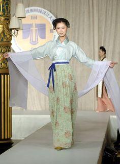 [中国美人] 漢服 を着てる 中国美女 - NAVER まとめ