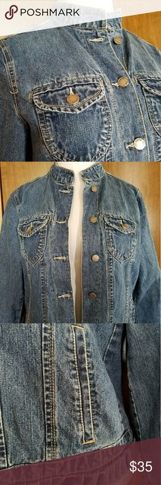 Spotted while shopping on Poshmark: Adorable jean jacket by Bill Blass! #poshmark #fashion #shopping #style #Blassport #Jackets & Blazers