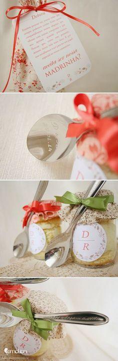 Depois do sim começam os preparativos. É uma delícia contar para todo mundo que você vai se casar não ...