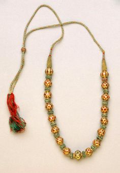 (India) Gold necklace made in Karnataka, India. Gold, rubies, emeralds, silk and gold. ca century CE. Gold Jewellery Design, Bead Jewellery, Gold Jewelry, Beaded Jewelry, Jewelery, Beaded Necklace, Gold Necklace, Indian Necklace, Pearl Necklaces