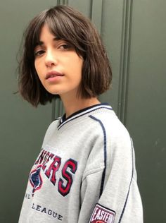 The Most Popular Haircuts Women Are Getting Around the Country : From San Francisco to Boston, Austin to D., here are the most popular haircuts women across the U. Curly Hair With Bangs, Curly Hair Styles, Short Bangs, Hair Bangs, Short Hair Cuts For Women With Bangs, Short Bob Fringe, Brunette Bob With Bangs, Girls With Short Hair, Short Thick Hair