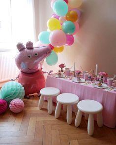 Teatime with Peppa – Geburtstag in schweinchen-rosa Peppa Pig can be a United kingdom Pig Birthday, Tea Party Birthday, Birthday Party Decorations, Birthday Celebration, Party Box, Peppa Pig Balloons, Peppa Pig Party Supplies, Cumple Peppa Pig, Party Mottos