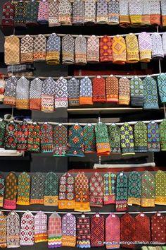 Mittens!   Original lettische Handschuhe stricken, jetzt bei uns im Laden als Kit erhältlich!