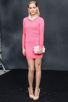5 mars : le premier rang du défilé Chanel Leigh Lezark.