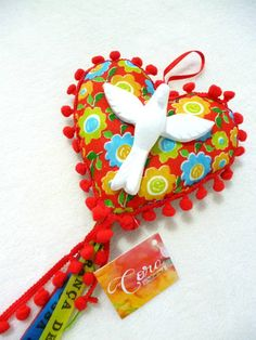 - by Cris Figueired♥ Fun Crafts, Diy And Crafts, Crafts For Kids, Faith Crafts, Dont Break My Heart, Costura Diy, Patchwork Heart, Love Craft, Felt Hearts