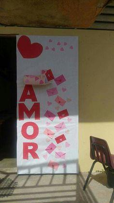 Puerta para febrero dia del amor y la amistad puertas for Decoracion de puertas de san valentin