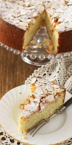 Cottage cheese and almond cake. Gluten Free Sweets, Gluten Free Recipes, Mousse, Shrimp Recipes For Dinner, Almond Flour Recipes, Almond Cakes, Foods With Gluten, Cake Shop, Cupcake Cakes