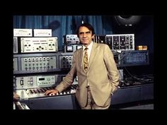 ▶ Pierre Schaeffer -- Études de bruits (1948) - YouTube