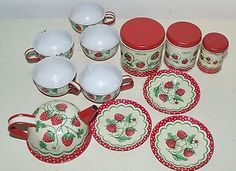WOLVERINE TIN CHILDS TEA SET & CANISTER SET STRAWBERRY 12PC | eBay