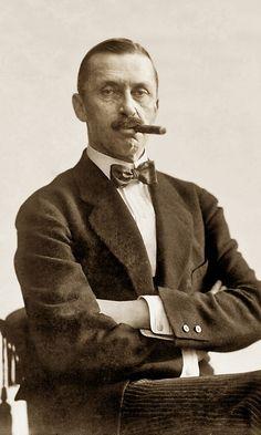 C.G. Mannerheim Abraham Lincoln, Mtv, Finland, Studio, History, Atelier, Asylum, Studios