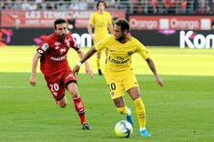http://ift.tt/2mBje0n - www.banh88.info - Kèo Nhà Cái W88 - Nhận định bóng đá Paris Saint Germain vs Dijon 3h00 ngày 18/01: Hủy diệt  Nhận định bóng đá hôm nay soi kèo trận đấu Paris Saint Germain vs Dijon 3h00 ngày18/01vòng 21 Ligue 1 sânParc des Princes.  Paris Saint Germain dù có những trục trặc trong phòng thay đồ thì họ vẫn quá mạnh so với những đội bóng còn lại của Ligue 1. Họ đang băng băng tiến tới chức vô địch Ligue 1 mà không gặp phải trở ngại nào. Một Dijon đã tụt xuống nửa dưới…