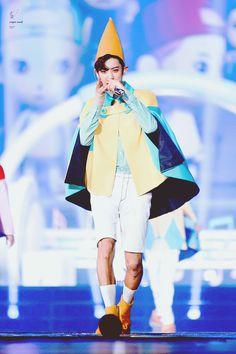 160910-11 #Chanyeol #EXO #EXOrDIUMinBangkok