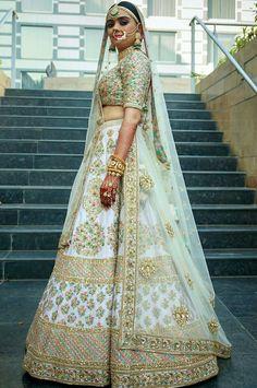 ideas indian bridal lehenga white and red Sabyasachi Lehenga Bridal, Indian Bridal Lehenga, Indian Bridal Outfits, Indian Bridal Wear, Red Lehenga, Indian Dresses, Bridal Dresses, Lehenga White, Lehenga Dupatta