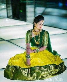 The Perfection in yet another level😍 Perfect Green with Perfect Yellow with sprinkles of Zari, the blouse is a simple yet… Wedding Saree Blouse Designs, Pattu Saree Blouse Designs, Half Saree Designs, Saree Blouse Patterns, Sari Blouse, Half Saree Lehenga, Lehenga Saree Design, Lehenga Designs, Brocade Lehenga