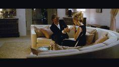 A SIngle Man, Tom Ford, 2009. Colin Firth y Julianne Moore vestidos por Ford, estamos en 1962, en una casa maravillosa.