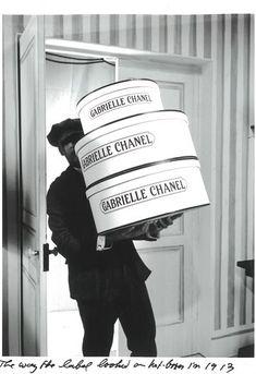 Karl Lagerfeld Creates Chanel Métiers D'Art Pre-Fall 2009 Paris-Moscou Silent Film | La Chanelphile