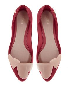 Love them, but they're out of stock everywhere! Melissa Trippy Heart Point Flat Shoes