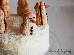 Macarons, Vanilla Cake, Pancakes, Breakfast, Snowman, Desserts, Christmas, Charlotte, Queen