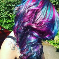 More cosmic hair today at Pout! 🔮💋💁 #hairdresser #hairfashion #hairstyle #hairgoals #hairofinstagram #amazing #hairdye #haircolor #magic #beautiful #inlove #hairoftheday #hairsalon #hairlife #colors #galaxy #goals #northernireland #lisburn #cosmichair