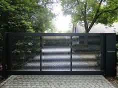 Steel Gate Design, Main Gate Design, House Gate Design, Fence Design, Side Gates, Front Gates, Entrance Gates, Driveway Landscaping, Backyard Fences