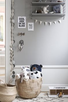 Choosing on your kid's room exterior decoration can get pretty much daunting. Get inspired with these kids interior decoration ideas right away. Baby Bedroom, Baby Boy Rooms, Kids Bedroom, Bedroom Ideas, Girl Rooms, Deco Kids, Grey Room, Kids Room Design, Kid Spaces