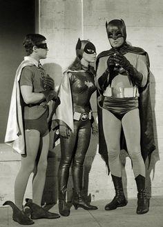 Finger Five! — Burt Ward, Yvonne Craig and Adam West Batgirl And Robin, Batman And Catwoman, Batman 1966, I Am Batman, Batman Art, Batman Robin, Batman Tv Show, Batman Tv Series, Dc Comics
