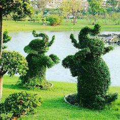So be autiful great job. Topiary Garden, Garden Art, Garden Design, Elephant Love, Elephant Art, Landscape Art, Landscape Design, Beautiful Gardens, Beautiful Flowers