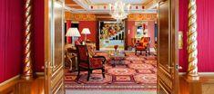 Suite lujosa diseñada con la abundancia típica de la cultura oriental