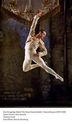 Thomas Lund in Don Quixote.  The Royal Danish Ballet.