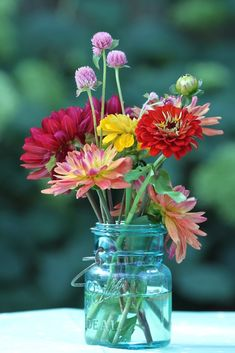 "julesofnature: "" ""Arranging a bowl of flowers in the morning can give a sense of quiet in a crowded day - like writing a poem or saying a prayer. Flowers In Jars, My Flower, Fresh Flowers, Flower Vases, Wild Flowers, Beautiful Flowers, Beautiful Flower Arrangements, Floral Arrangements, Idee Diy"