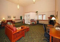 Image of Comfort Inn and Suites Portland Tualatin, Tualatin