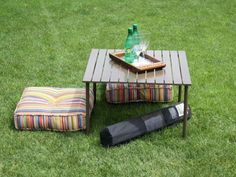 Collapsible & Portable Picnic Table  >> great for the beach!