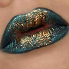 TURQUOISE/GREEN-BLUE AND GOLD. STILL AND FOREVER ONE OF MY FAVORITE COLOR COMBINATIONS
