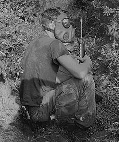 The Vietnam Tunnel Rats 28 Photos Amp Story These Men Would Go